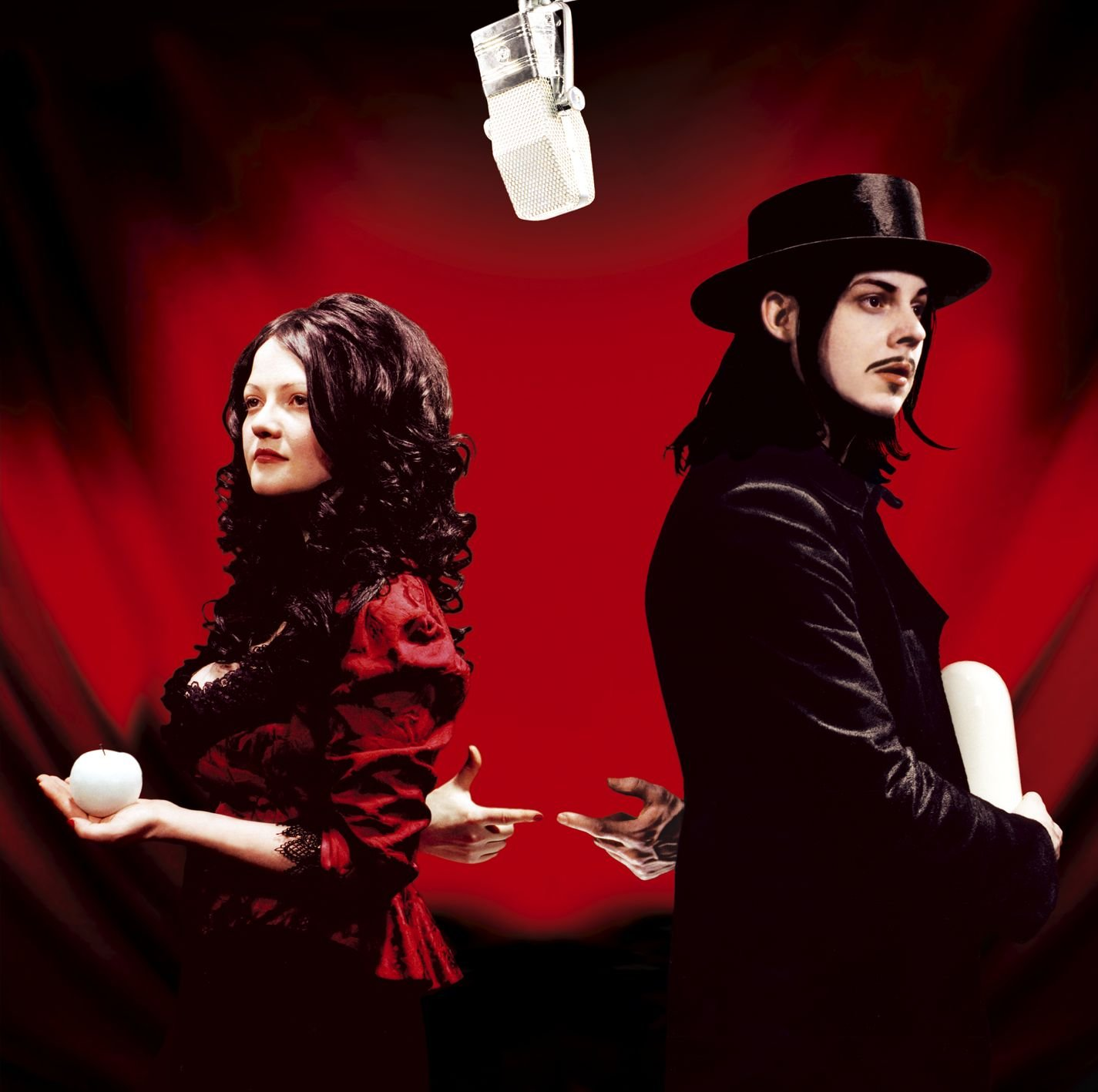 Get Behind Me Satan / The White Stripes