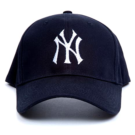 a3105bbe844 Buy MLB New York Yankees LED Light-Up Logo Adjustable Hat Online at Low  Prices in India - Amazon.in