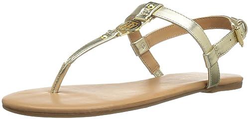 3e94f2124 Tommy Hilfiger Womens Loreo Flat Sandal  Amazon.ca  Shoes   Handbags