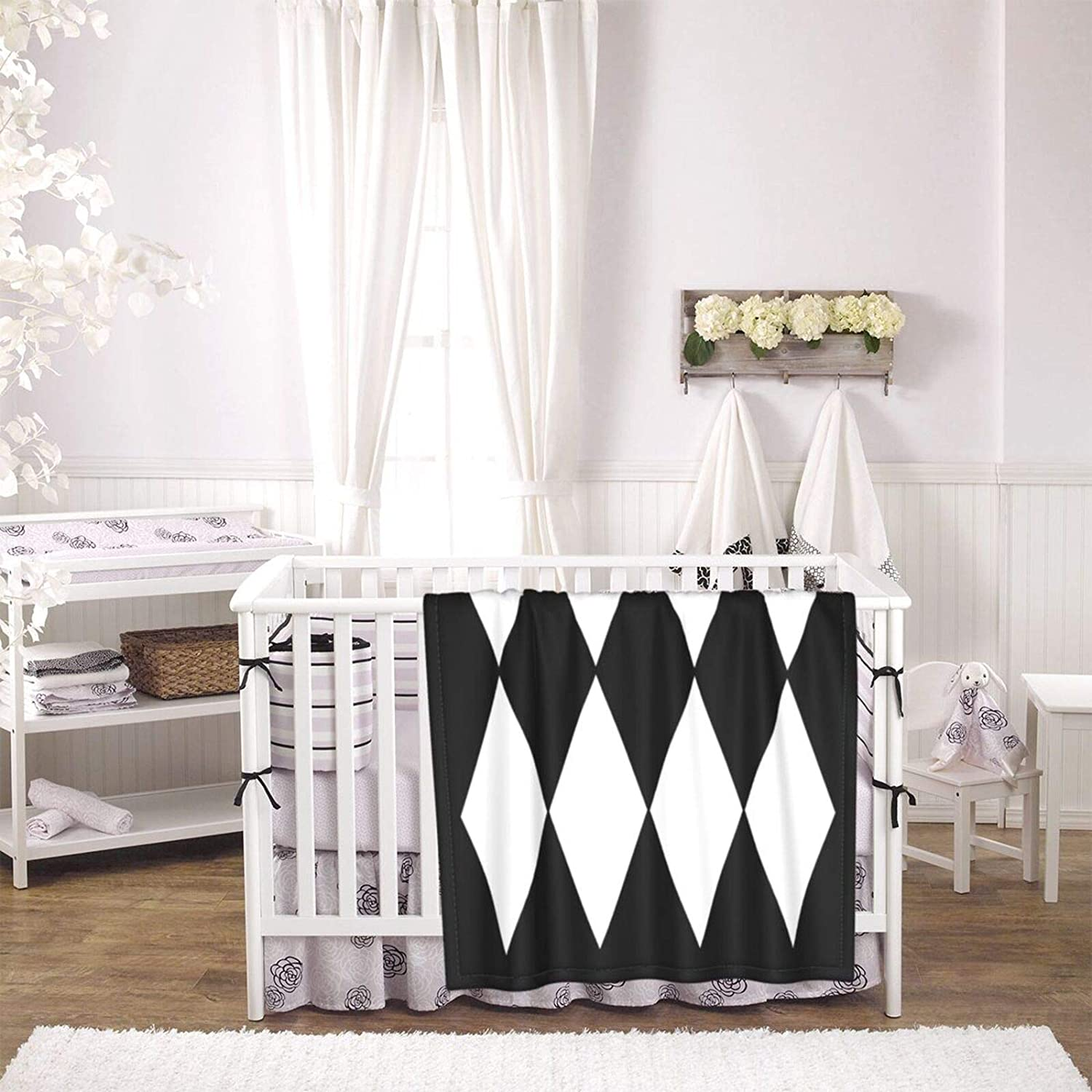 Large Black and White Harlequin Diamond Soft Baby Blankets Super Cozy Newborn Receiving Blanket Warm Nursery Bed Blankets Suitable for All Seasons