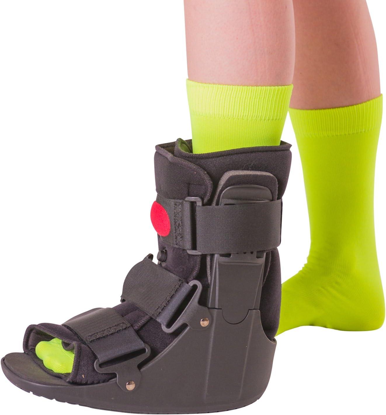 BraceAbility Short Air Ankle Walker Boot   Medical-Grade Orthopedic Foot Cast Brace for Sprained Ankle, Broken Foot, Toe Injury, Metatarsal Stress Fracture, Post Surgery, Achilles Tendonitis (Medium)
