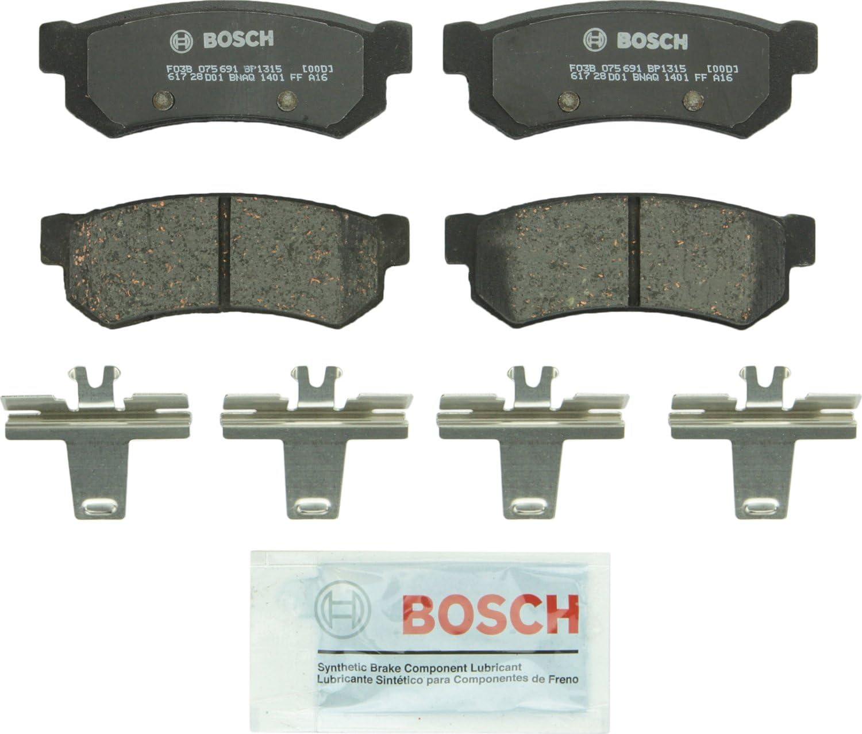Bosch BP946 QuietCast Premium Semi-Metallic Front Disc Brake Pad Set