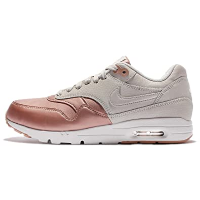 d09ff366fc Amazon.com | Nike Women's Wmns Air Max 1 Ultra SE, LIGHT BONE/LIGHT  BONE-MTLC RED BRONZE, 6 US | Fashion Sneakers
