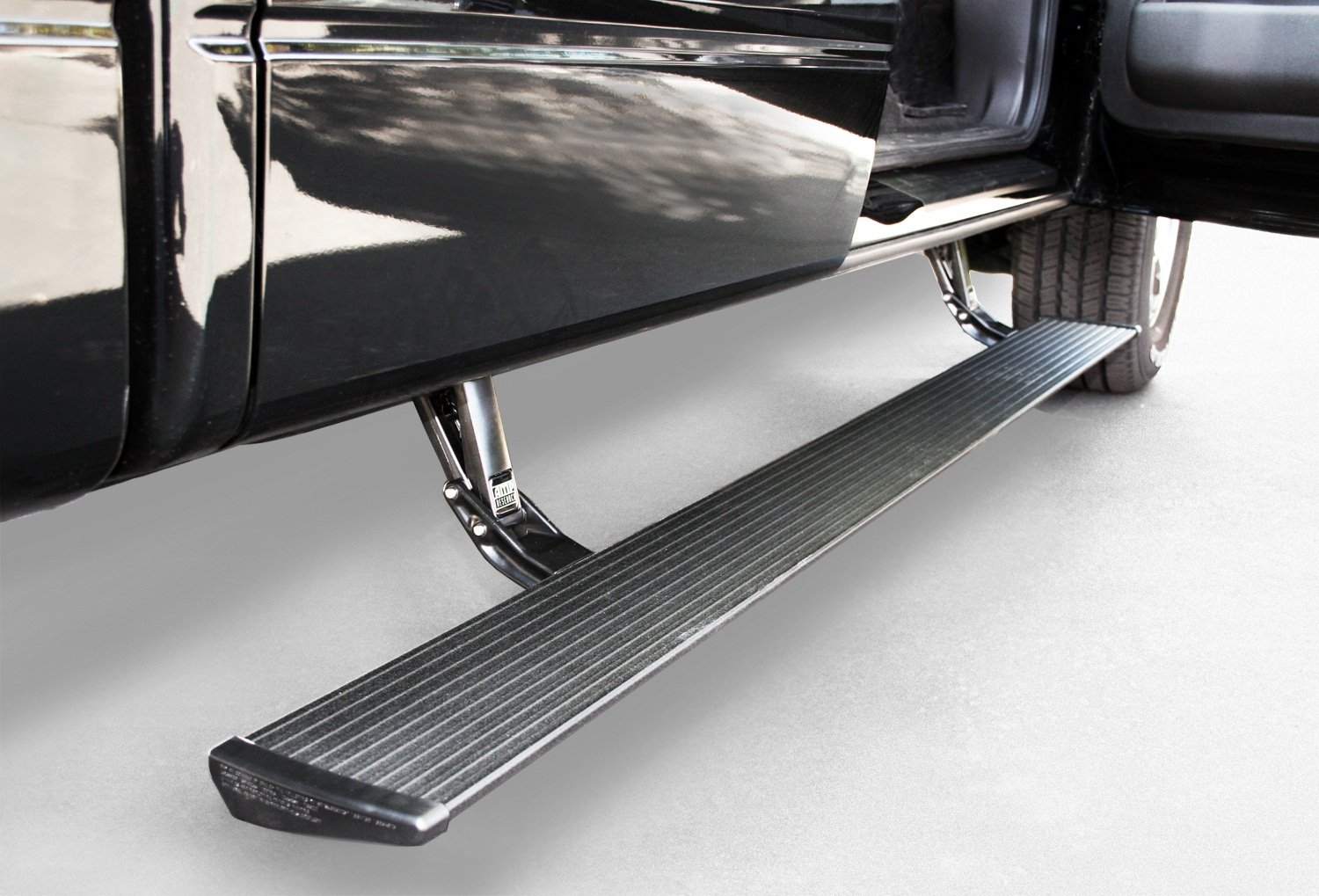 Amp research 75105 01a power step running board for ford f 150 2004 2008 and lincoln mark lt 2006 2008 step rails amazon canada