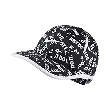 5545a2d6d8256 Amazon.com  Nike Girls Dri Fit Featherlight Cap  Clothing
