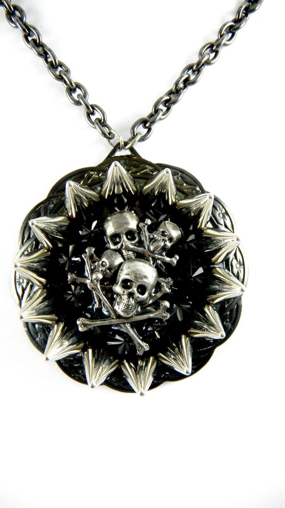 Rocker Jewelry Skull Pile Metal Spikes Medallion Black Crystal Chain Length: 18 Inch