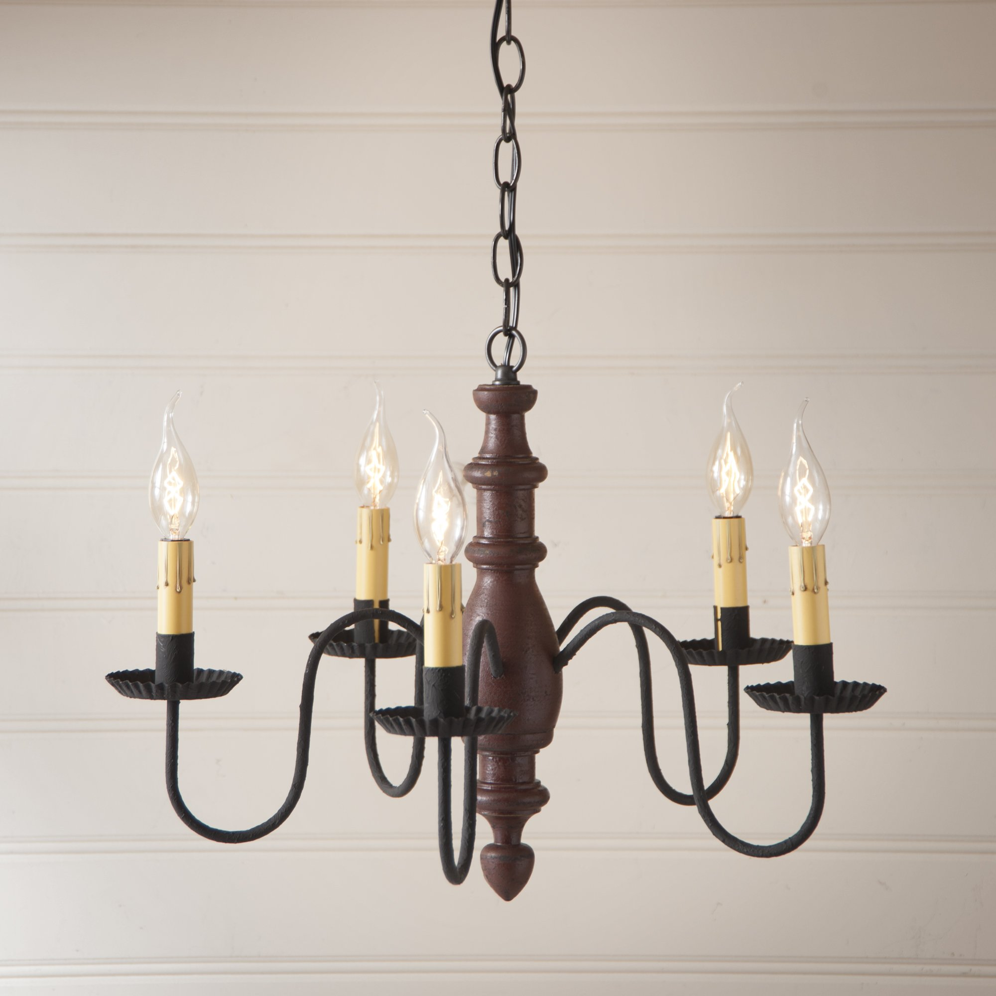 Country Inn Chandelier in Plantation Red