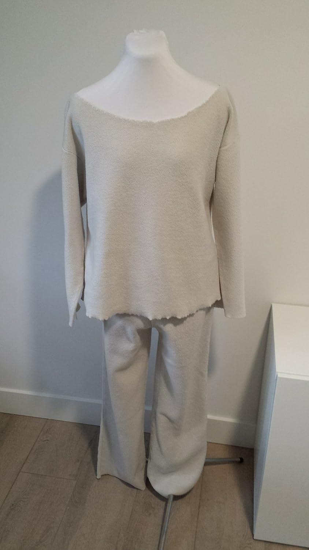 6edae44f40a2 Amazon.com  Fleece pyjama pajama set (sweater and matching pants)  Handmade