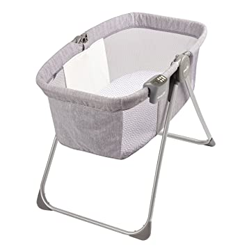 7626a80276dd Amazon.com   Evenflo Loft Portable Bassinet