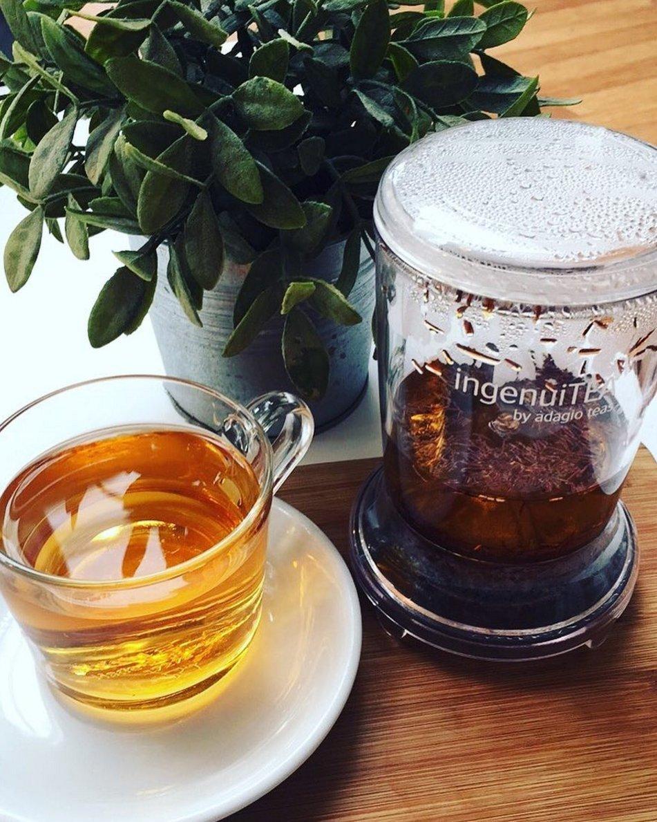 Adagio Teas 28 oz. ingenuiTEA Iced Tea Teapot