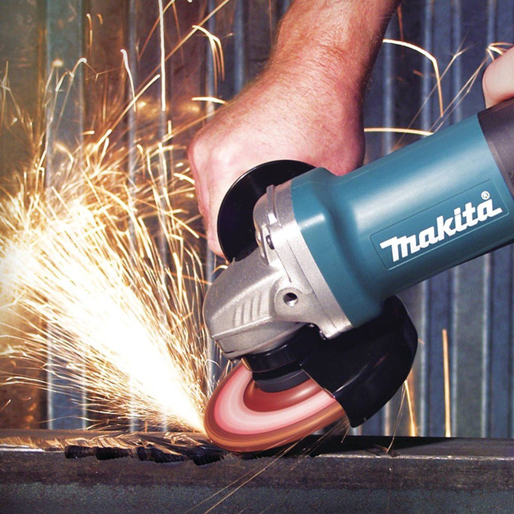 3. Makita 9557PB - Best Angle Grinder