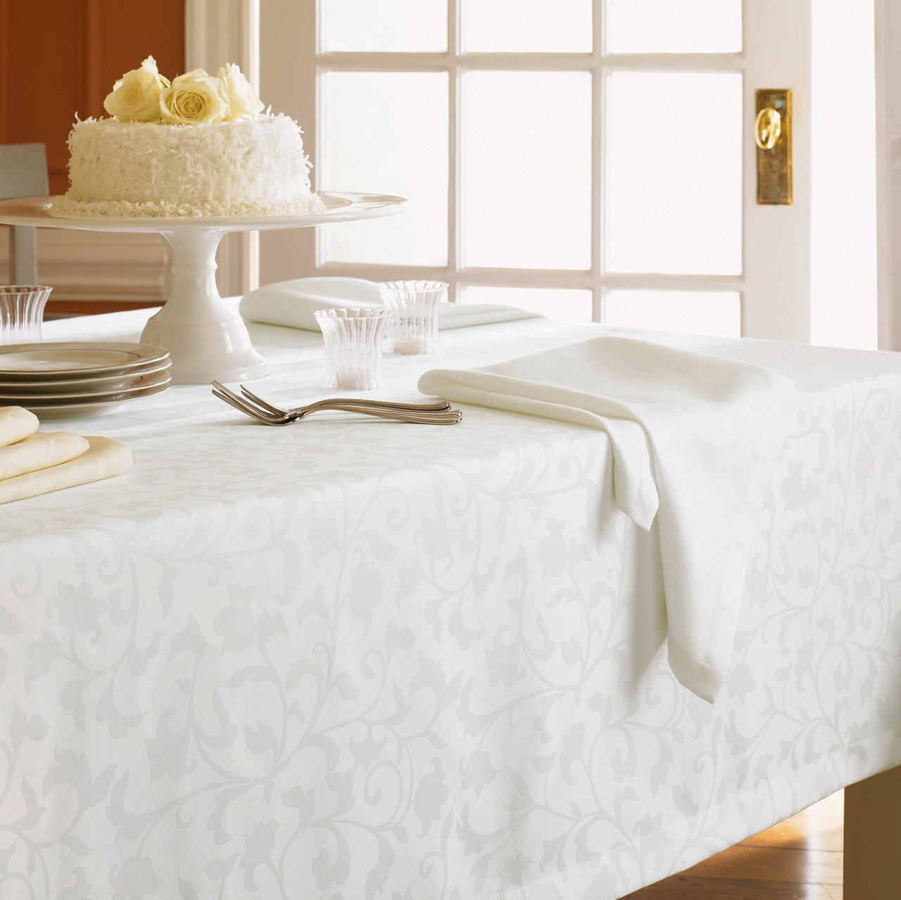 Marvelous Amazon.com: Orchard By Sferra   Square Tablecloth 70x70 (Ivory): Home U0026  Kitchen