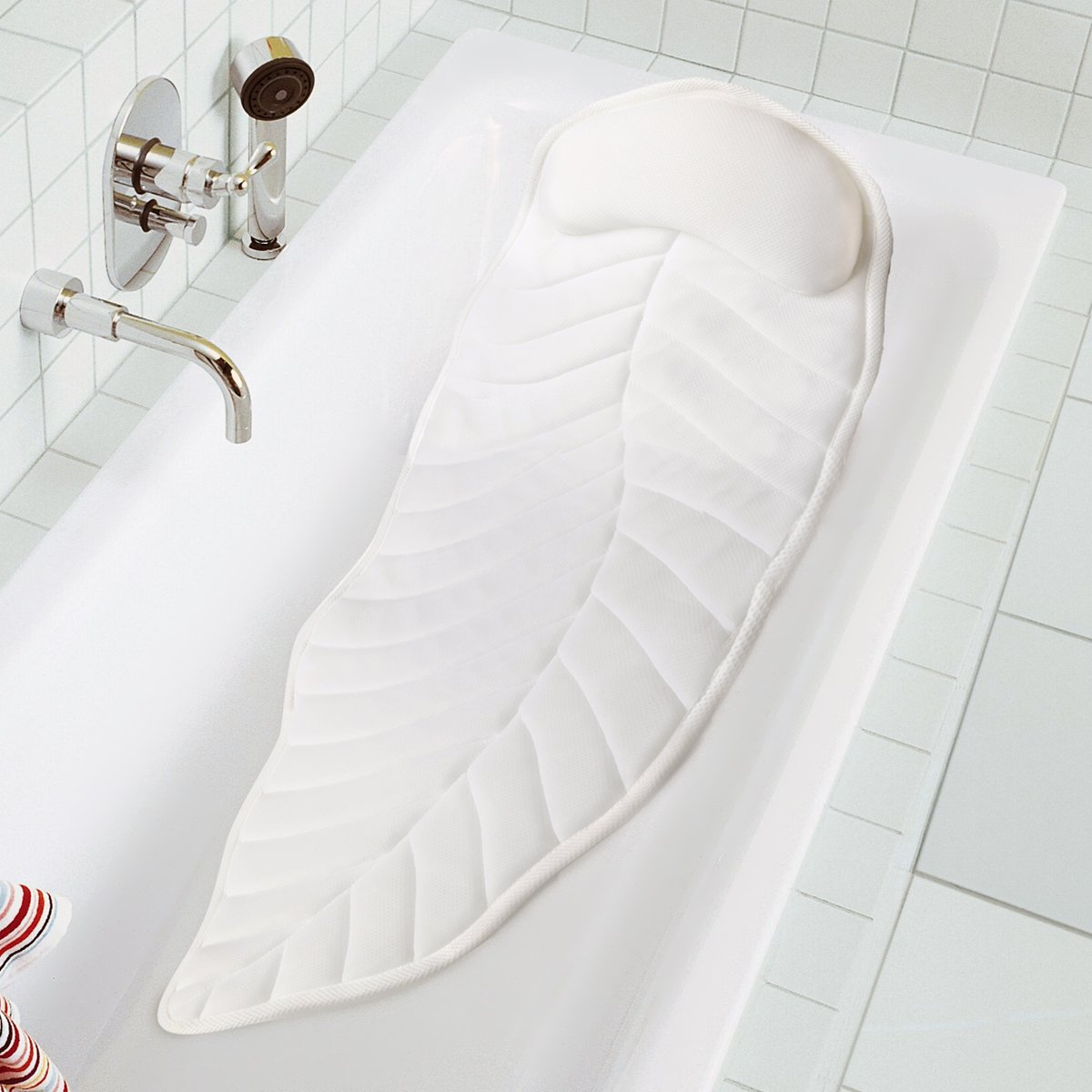 Full Body Spa Bath Pillow Cushion, Bathtub Cushion Mattress with 8 Large Non Slip Suction Cups, Comfort Head Rest and Back & Tailbone Support, 49 x 19 inches Wasan