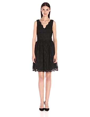Adrianna Papell Women's V-Neck Sleeveless Fit-and-Flare Lace Dress, Black, 2