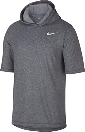 00d9e52ce6d73 Amazon.com  Nike Men s Dry Training Short Sleeve Hoodie  Clothing