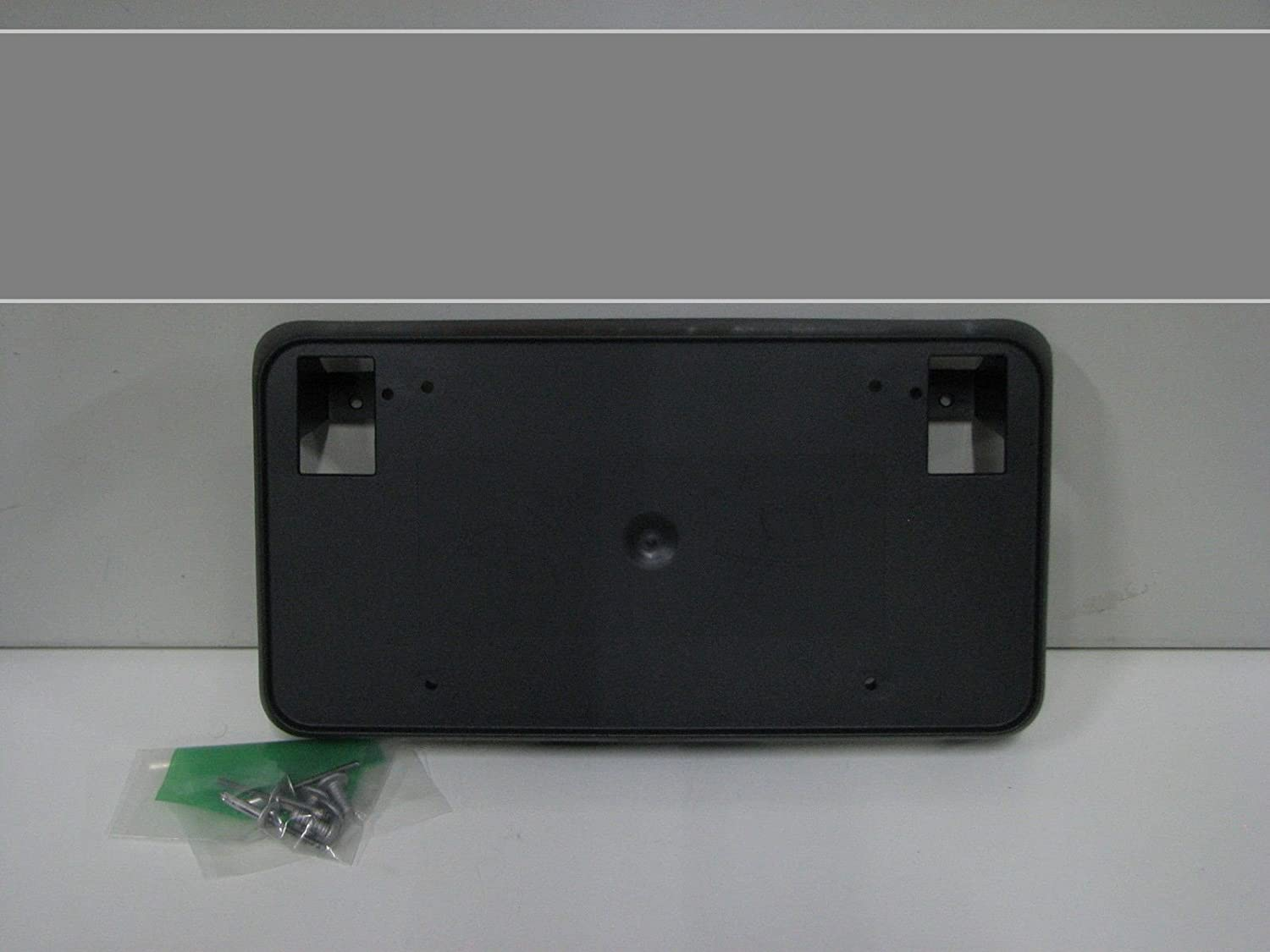 GM 23354526 BRACKET ASM-FRT LIC PLT