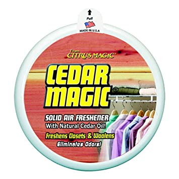 Cedar Magic Solid Air Freshener For Closets, 8 Ounce