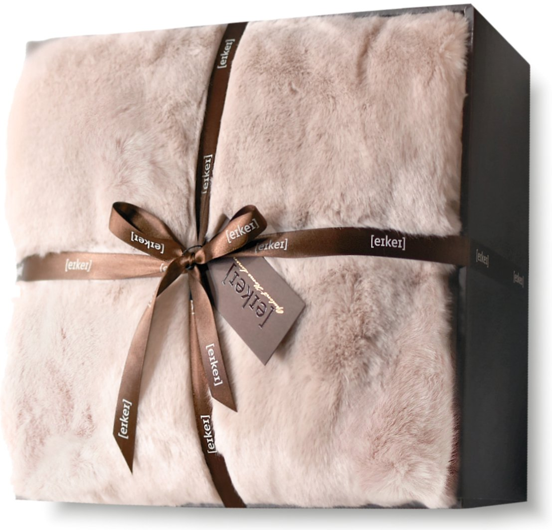 Eikei Luxury Faux Fur Throw Blanket Super Soft Oversized Thick Warm Afghan Reversible to Plush Velvet in Tan Grey Wolf, Cream Mink or Blush Chinchilla, Machine Washable 60 by 70 Inch (Rose Dust)