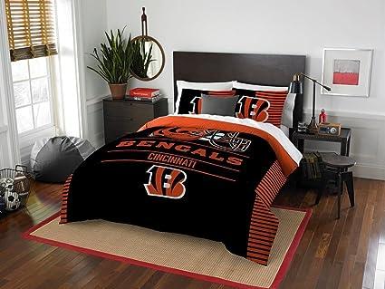 b068e4f4b Cincinnati Bengals - 3 Piece FULL QUEEN Size Printed Comforter Set - Entire  Set Includes