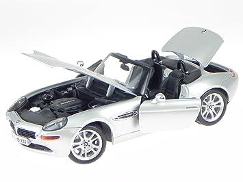 Bmw Z8 Silber Modellauto 36896 Maisto 118 Amazonde Spielzeug