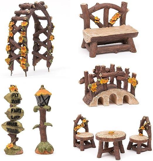 Juego de muebles de jardín de SecretRain, 8 unidades de resina, juego de sillas, mesa, pérgola, banco, puente y letrero, adornos pintado a mano, para el hogar y el exterior: Amazon.es: Hogar