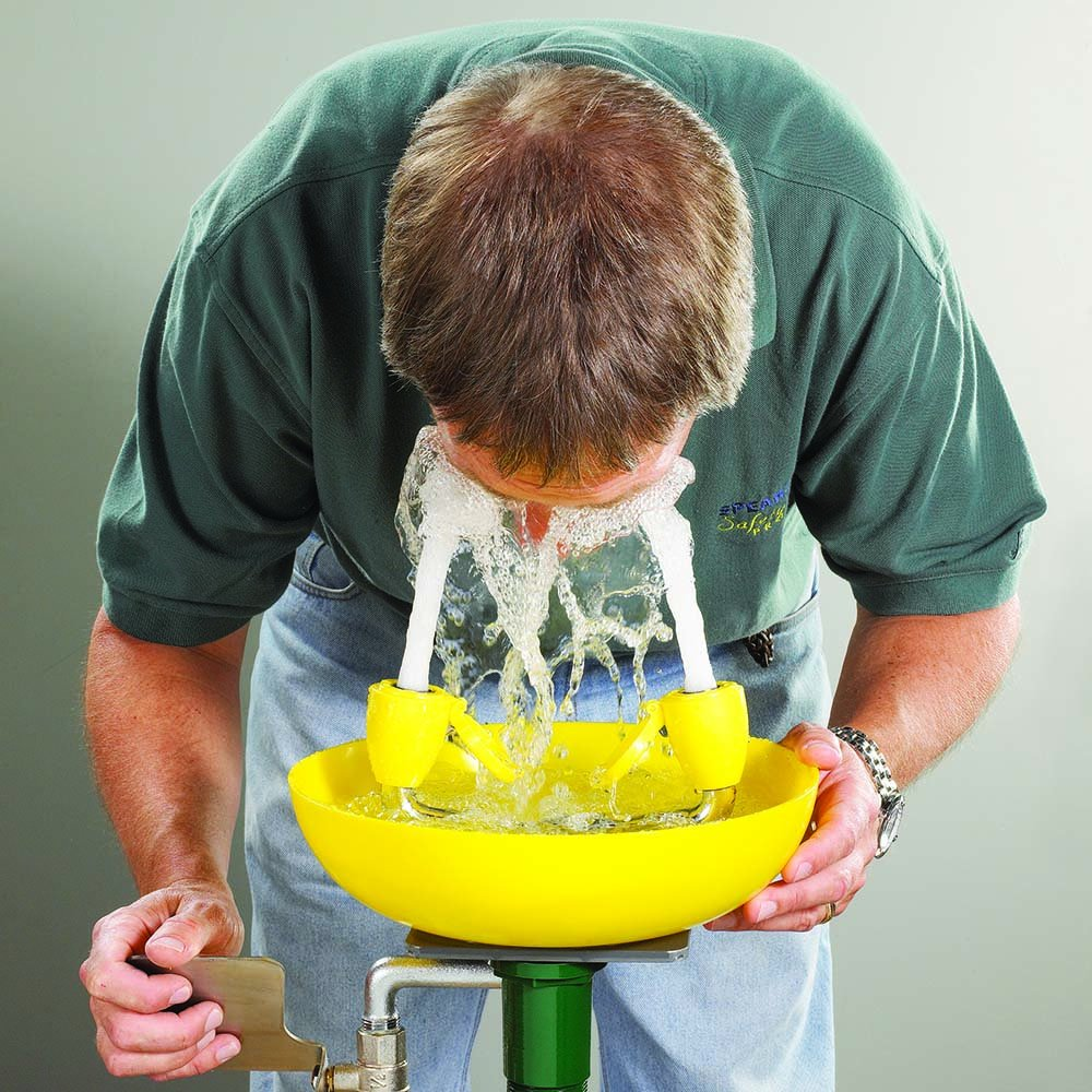 Speakman Traditional Series SE-580 Wall Mounted Eyewash with Plastic Bowl by Speakman (Image #4)