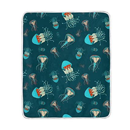 Amazon.com  Ocean Jellyfish Cute Throw Blanket for Couch Bed Living ... 0bad25a5cf