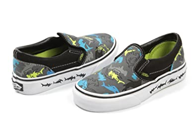 vans kid slip on