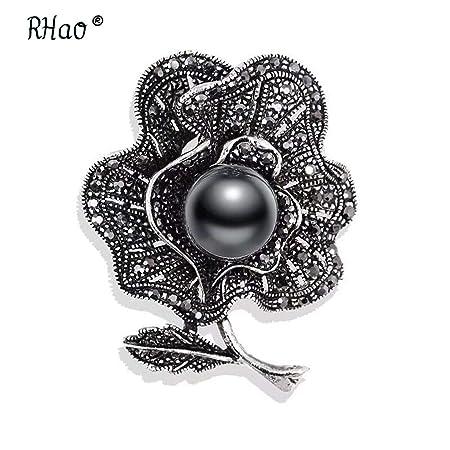 Amazon.com  Retro Style Gun Black Rhinestones Brooches   Pins Simulated  Pearl Leaf Shape Brooch For Women Vintage Scarf Clip Jewelry 7  Beauty e91c2a7df7eb