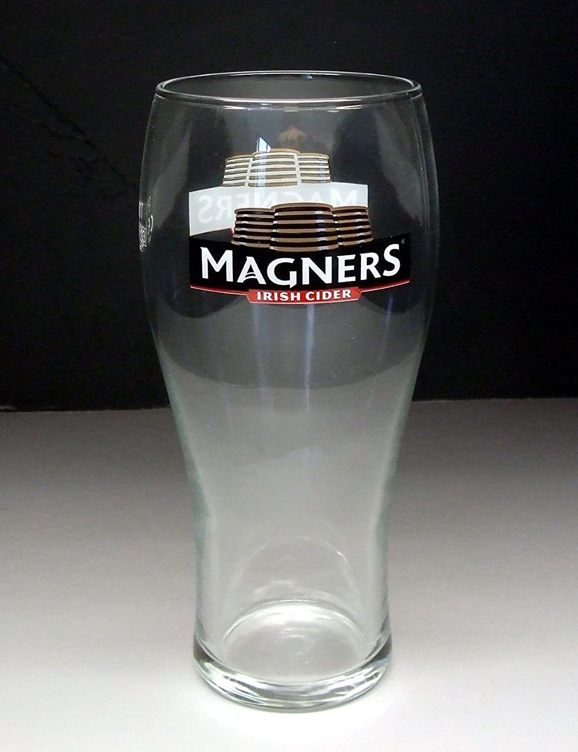 Personalised Engraved Branded 1 pint Magners Irish Cider Glass in Gift Box County Engraving