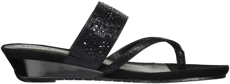 2b4a2e87c9 Amazon.com | Kenneth Cole REACTION Women's Chime Low Wedge Thong Sandal |  Flip-Flops