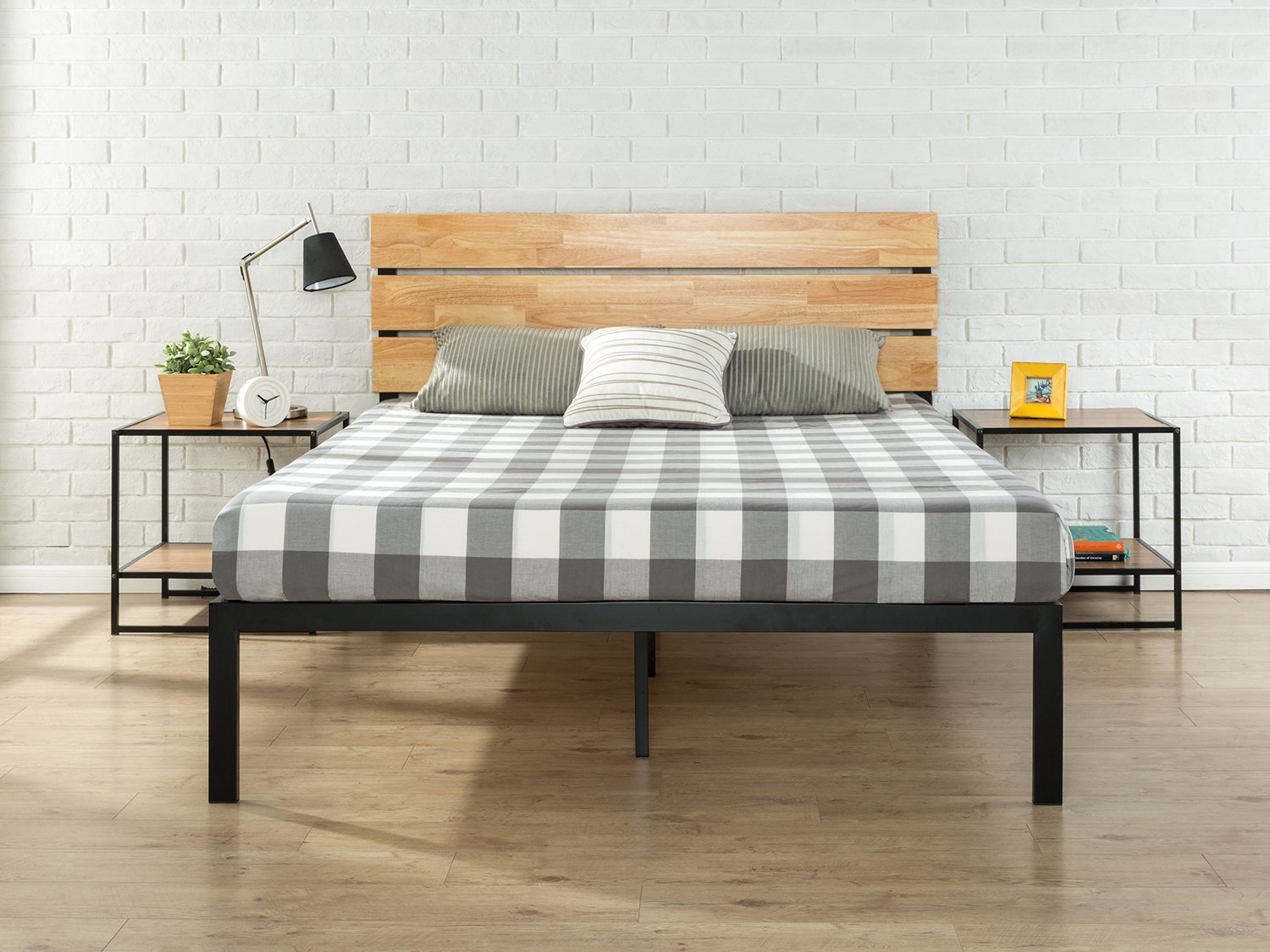 meet b0663 590ed Amazon.com: Zinus Paul Metal and Wood Platform Bed with Wood ...