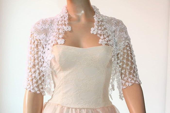 e29ee60ee651f9 White crochet shrug