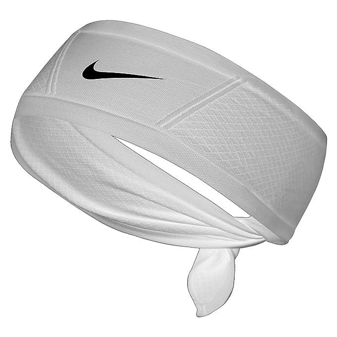 detailed look c020f a4032 Nike Tennis White Bandana  Amazon.co.uk  Sports   Outdoors