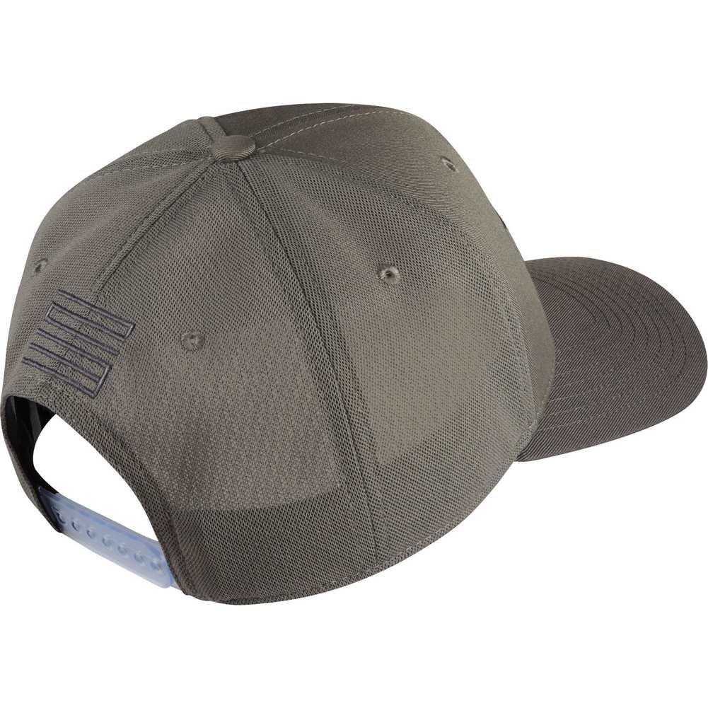 17b820b7de7105 NIKE Mens Jordan CLC99 AJ 11 Legacy Cap 918443-062 - Medium Grey Gunsmoke  at Amazon Men s Clothing store