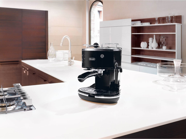Espresso-Automat 15 Bar De/'Longhi Icona ECO 311.BK