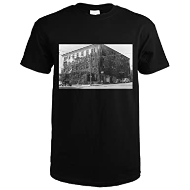 Grass Valley, California - Exterior View of Bret Harte Inn (Black T-Shirt