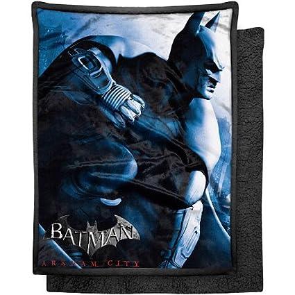 675b4f2ae3 Amazon.com  Batman Arkham City Blanket Mink Sherpa Throw - 46
