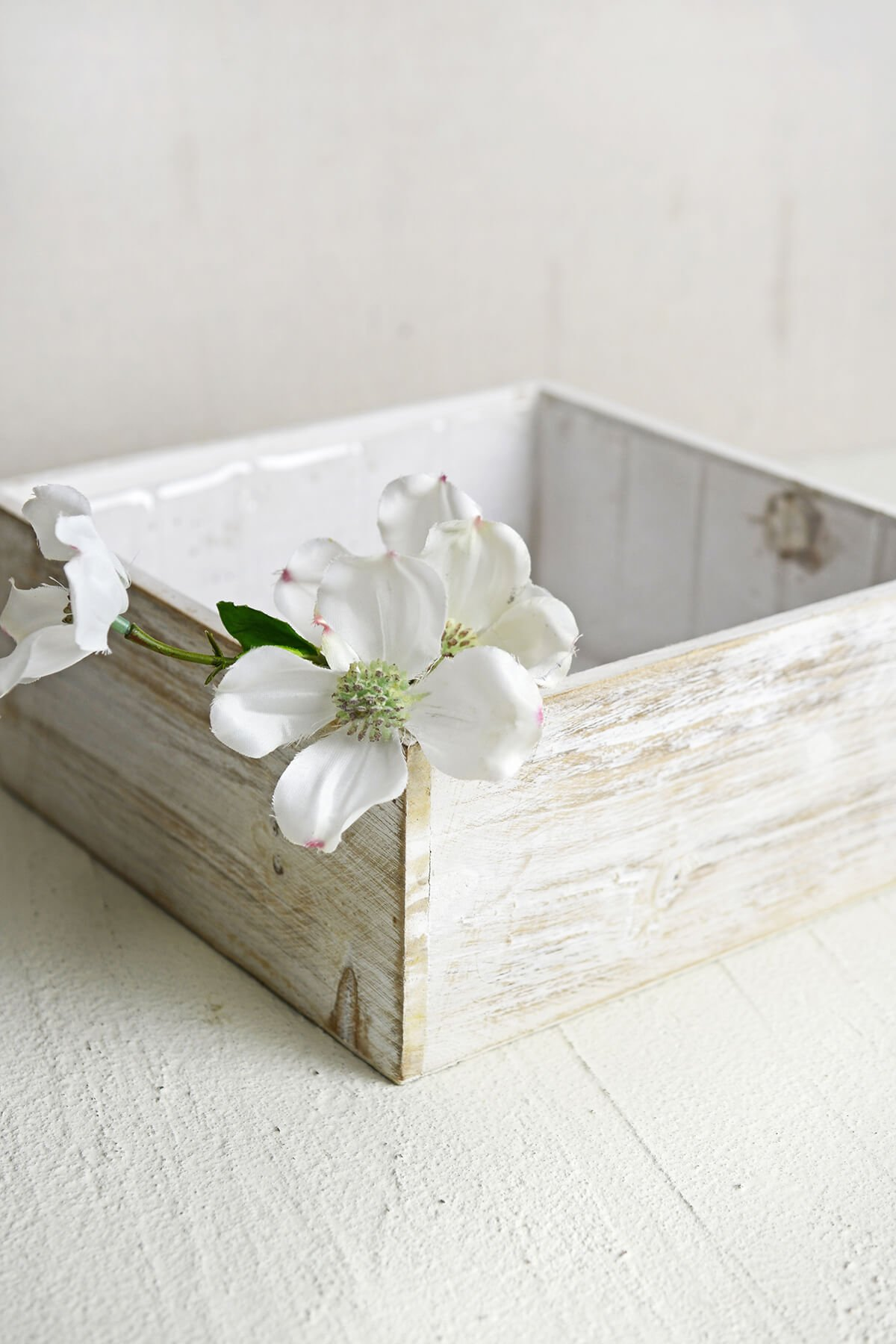 Dexon Power White Wood Square Planter Box 9x9