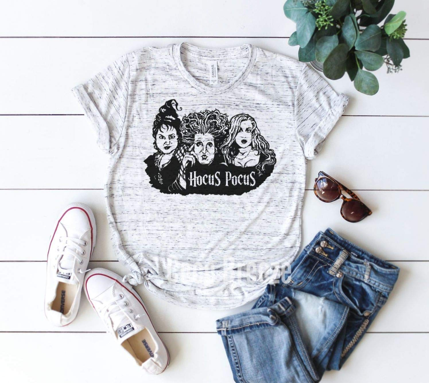 SISTERS IT/'S JUST A BUNCH OF HOCUS POCUS UNISEX V-NECK SHIRT