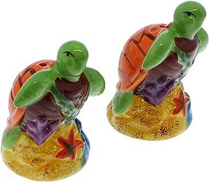Ceramic Salt & Pepper Shakers Novelty Kitchen Décor - Turtle