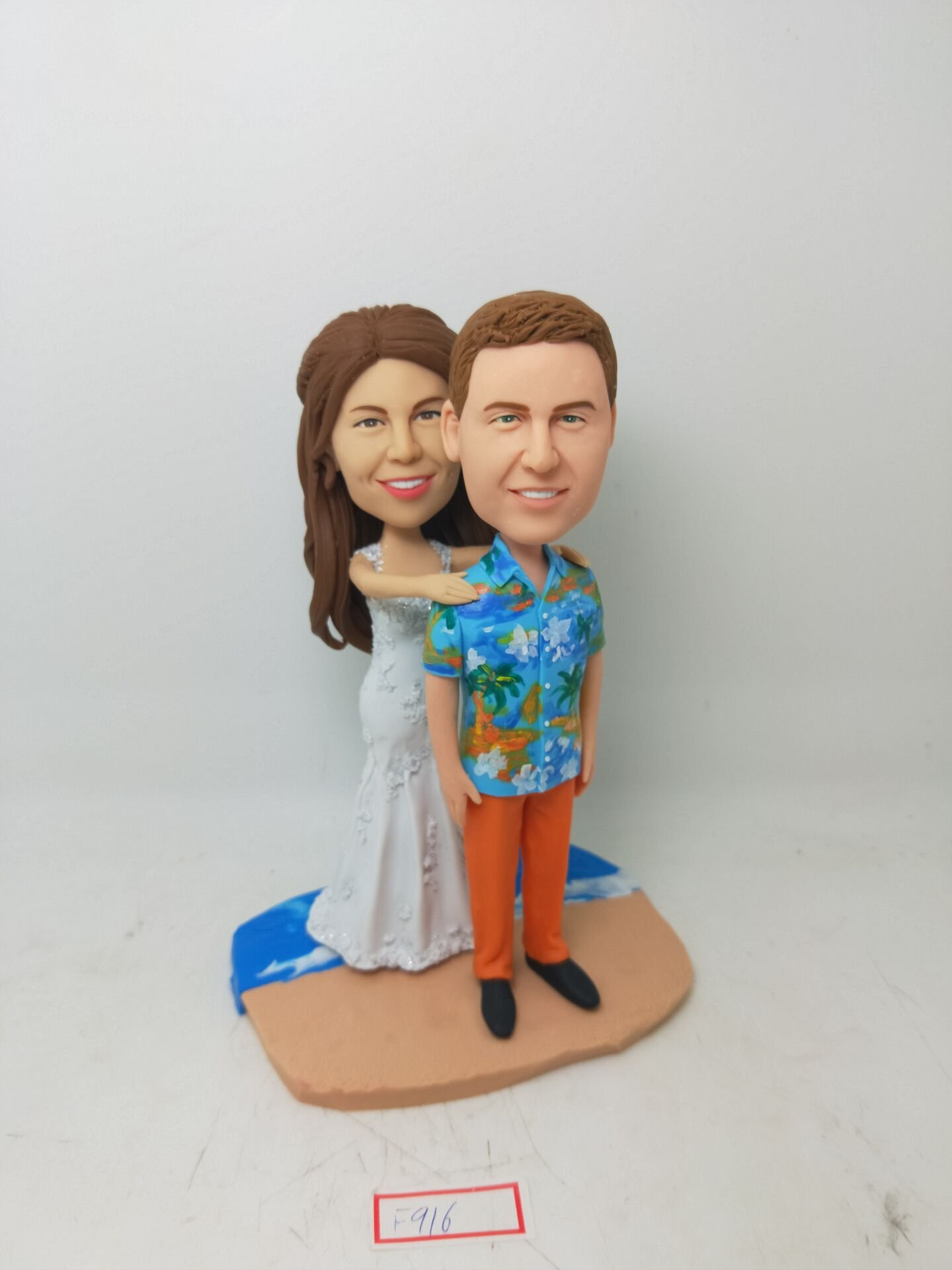 Wedding Bobblehead Creative Newly-Married Gift - 100% Handmade Polymer Clay Bobbleheads Cake Toppers by MiniBobbleheads
