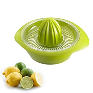 Westmark 3091227A Limetta Manual Citrus Press Juicer with Strainer and Bowl Non-Slip, 0.5 L/17 ounce capacity, Apple Green