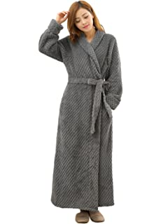 25964f4afabd Women's Luxurious Fleece Bath Robe Plush Soft Warm Long Terry Bathrobe Full  Length Sleepwear