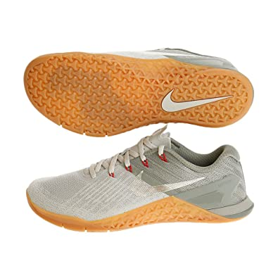 finest selection 88eb8 fd186 Image Unavailable. Image not available for. Color Nike Mens Metcon 3  Training Shoe ...