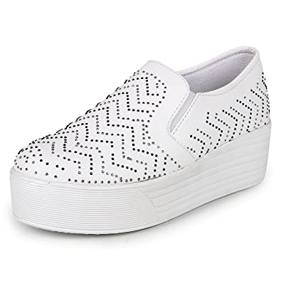 Bella Toes Designer Shoes For Women Loafers And Mocassins White