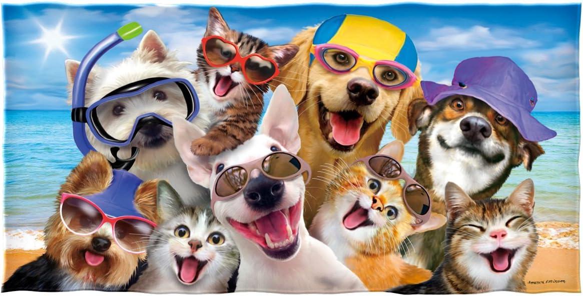 Dawhud Direct Selfie Dog-Themed Beach Towel