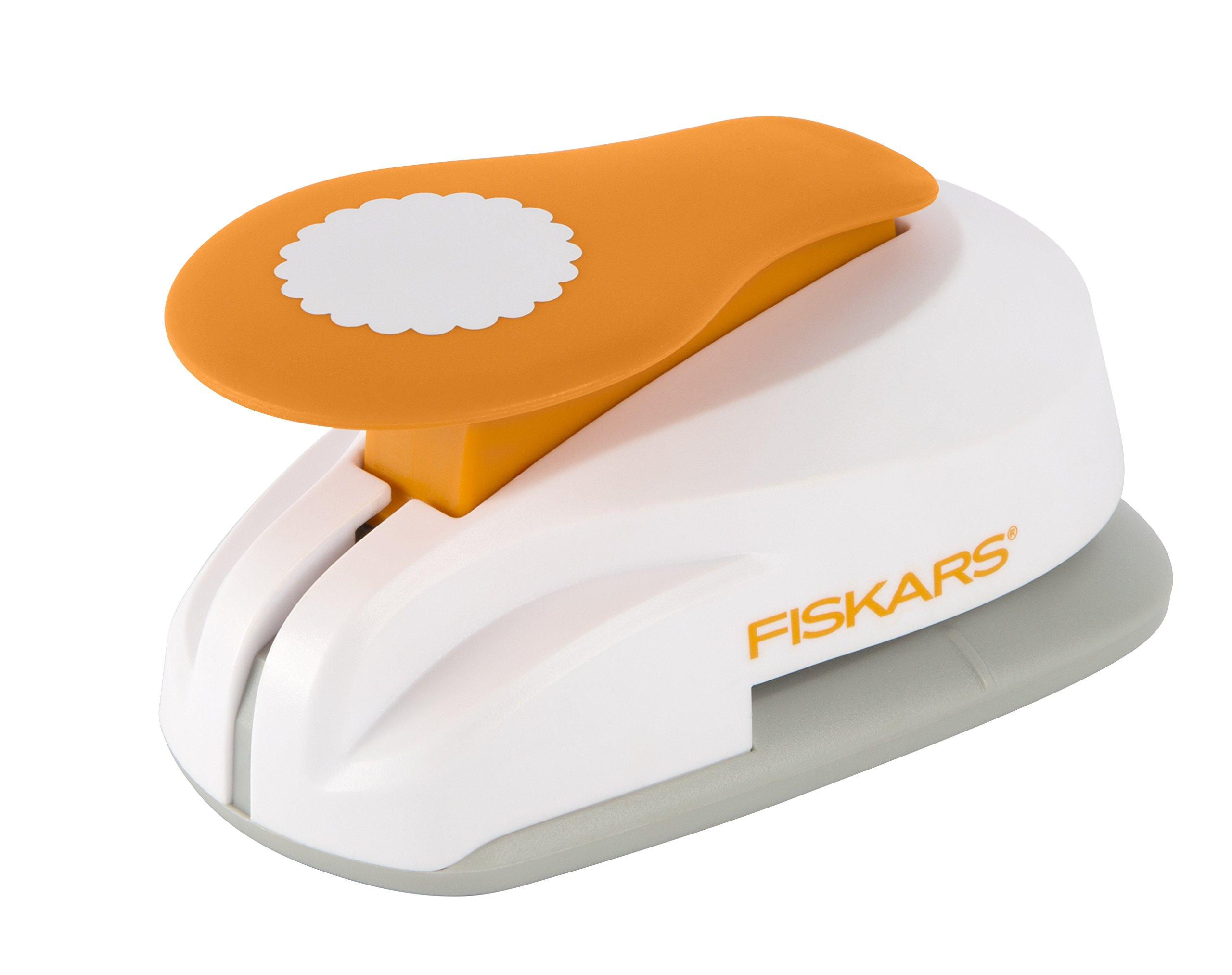 Fiskars X-Large Lever Punch, Scalloped Circle