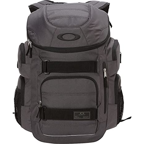 724177b1823 Oakley Enduro 30L 2.0 Laptop Backpack (Forged Iron)  Amazon.ca  Clothing    Accessories