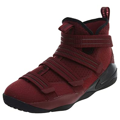huge discount 71523 6bf45 Nike Kids' Grade School Lebron Soldier XI Basketball Shoes, (Black/Red, 3.5  M(US))